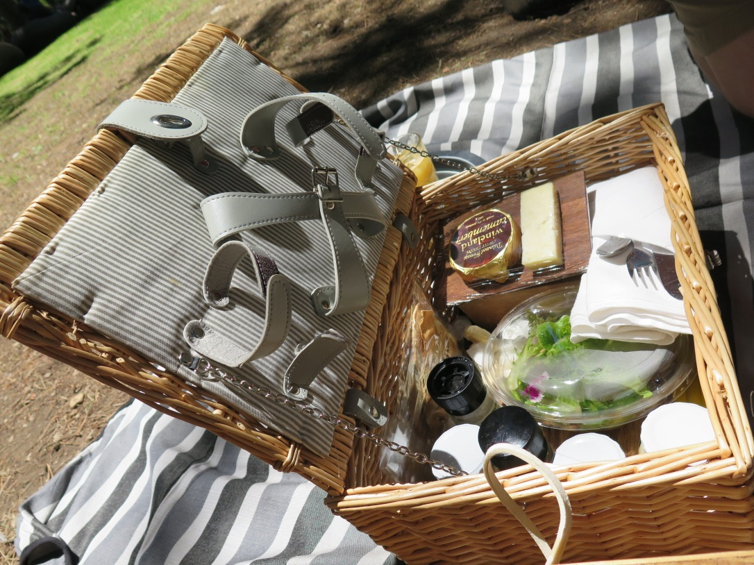 Boschendal Vineyard Franschhoek, Picnic Basket with local seasonal food
